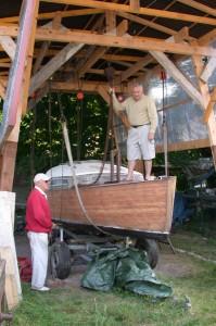 portique avec toit pour réparation des bateaux